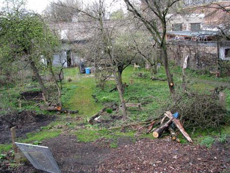 Garten wird zum Parkplatz