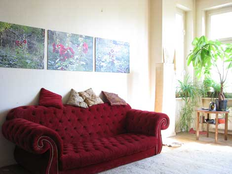 gartenbilder an der wohnzimmer-wand: das poster-triptychon - Wohnzimmer Rot Grun