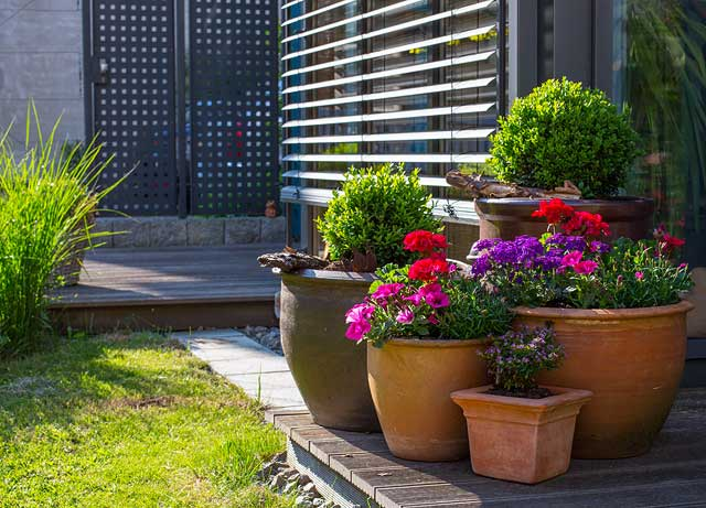 Gartenideen 2016 mit 5 elementen den garten gestalten for Gartenskulpturen aus ton
